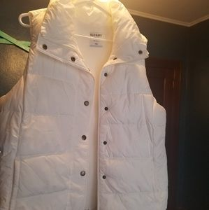 Old Navy fleece lined puffy vest